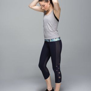 Lululemon Size 6 Var City Crop Leggings Navy Blue